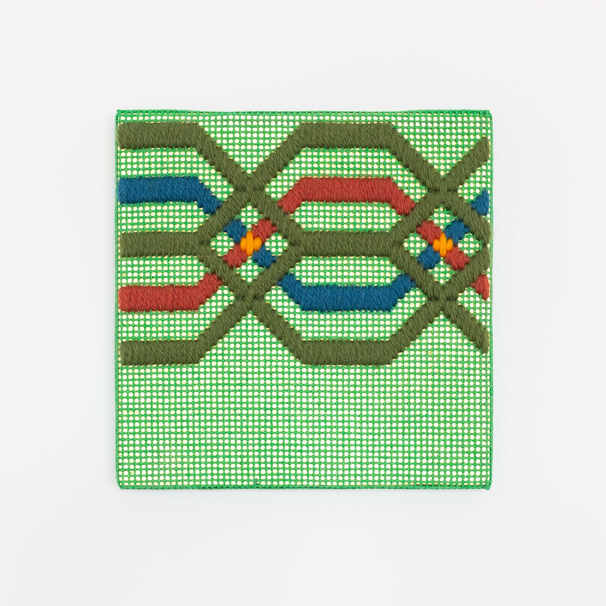Border fragment [olive-red-blue on green], Hand-embroidered wool thread and acrylic paint on canvas over gilded panel, 2021